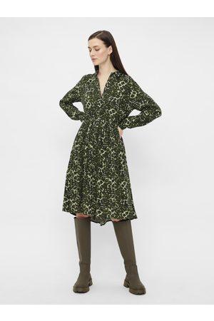 Pieces Tmavě zelené vzorované košilové šaty Faxa
