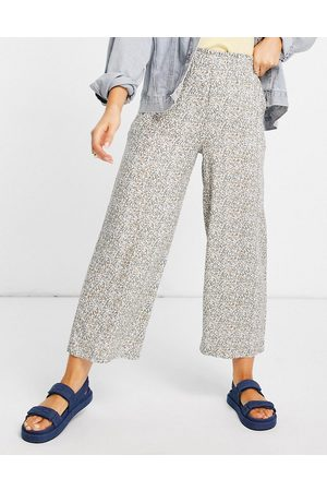 Abercrombie & Fitch Pull on wide leg pants in floral print-Multi