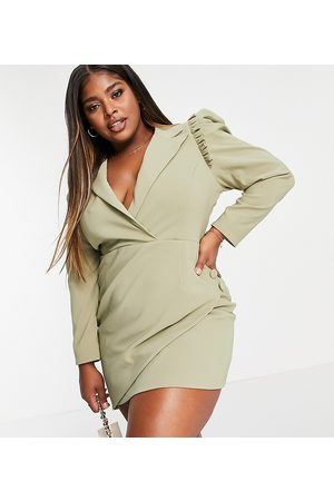 Lavish Alice Ženy Asymetrické - Puff sleeve asymmetric wrap blazer dress in pistachio-Green