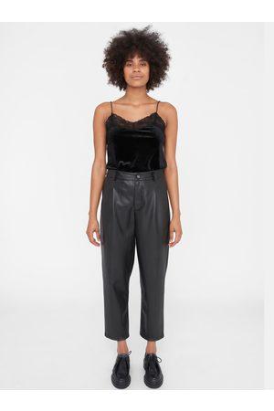 Noisy May Černé zkrácené koženkové kalhoty