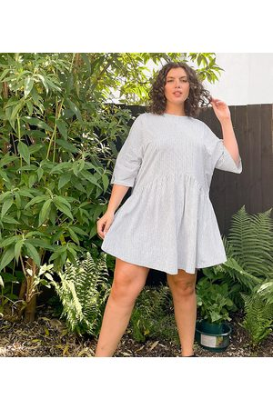 ASOS ASOS DESIGN Curve oversized mini smock dress with dropped waist in black and white stripe
