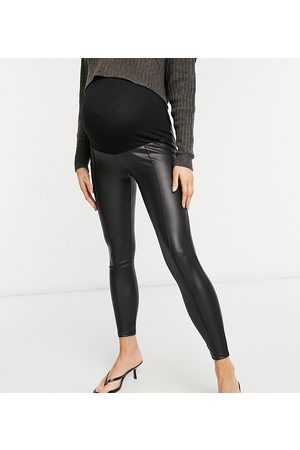 ASOS ASOS DESIGN Maternity leather look legging with pintuck in black
