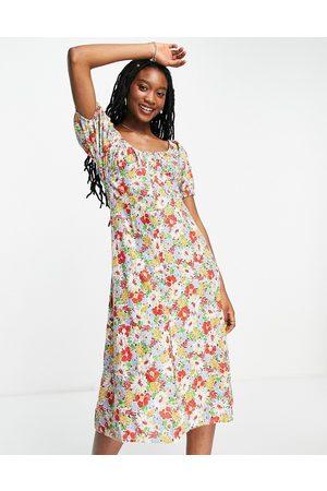 Influence Ženy Volnočasové - Ruched front midi dress in floral print-Multi