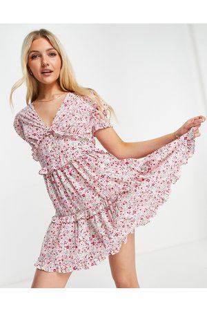 Influence Ženy Volnočasové - Ruffle tiered smock dress in ditsy pink floral-Multi