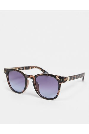 Jeepers Peepers Womens round sunglasses in tort-Brown