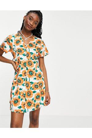 Daisy Street Mini dress in sunflower print-White