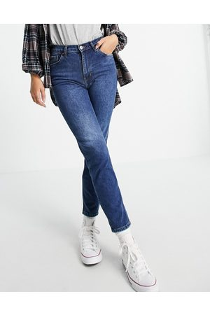 MANGO Cropped mom jeans in blue