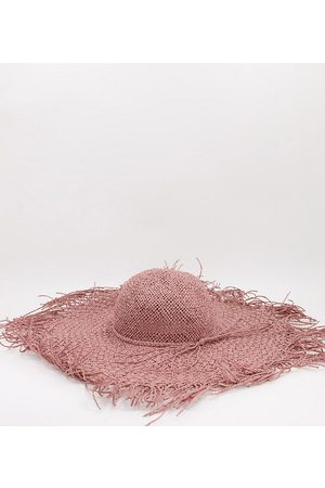 South Beach Frayed edge hat in pink straw