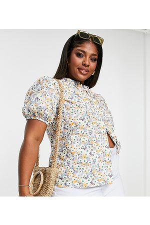 Only Curve Blouse in floral print-White