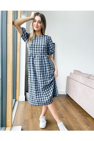 Nobody's Child Midi smock dress with volume sleeves in blue gingham
