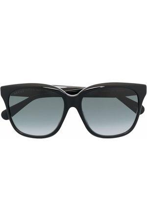Gucci Eyewear Oversized cat-eye sunglasses