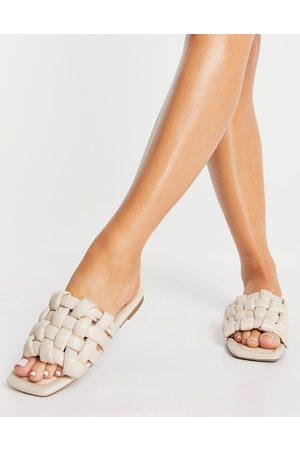 Schuh Tilde woven slide sandals in off white