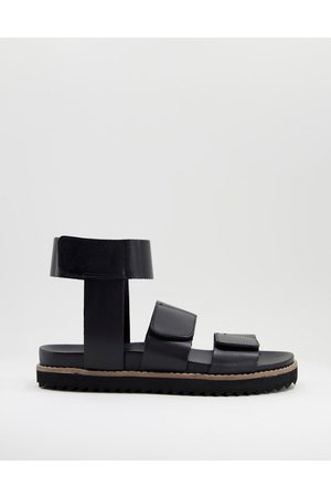 ASOS Muži Sandály - Sandal with velcro straps in black leather