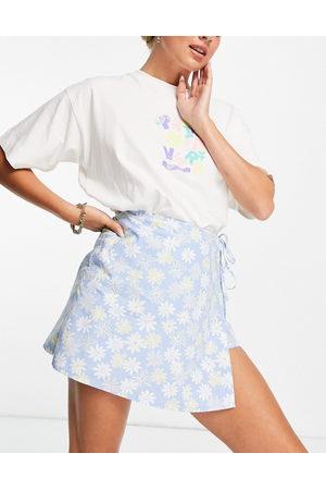 ASOS DESIGN Wrap poplin skort in blue floral print-Multi