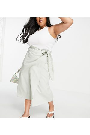 ASOS Ženy Maxi - ASOS DESIGN Curve wrap midaxi skirt with wrap around tie detail in washed sage-Green