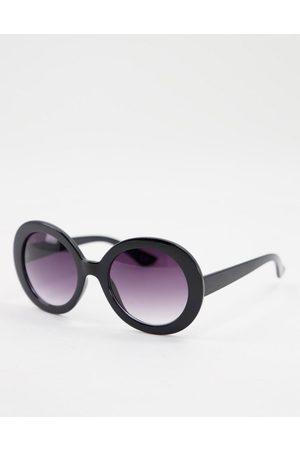 Jeepers Peepers Ženy Sluneční brýle - Womens round sunglasses in black