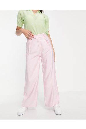 Love Triangle Ženy Společenské - Tailored wide leg trousers in pale pink