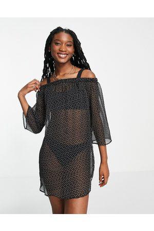 Brave Soul Ženy Na párty - Off the shoulder beach dress in black polka dot