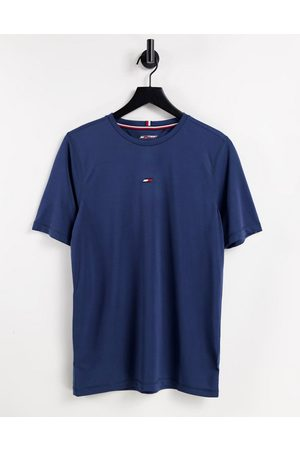 Tommy Hilfiger Performance t-shirt with small chest flag logo in blue