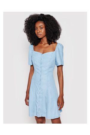 Guess Ženy Džínové šaty - Džínové šaty