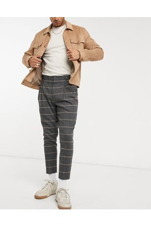 ASOS Muži Chino - Tapered double pleat smart trousers in wool mix check-Grey