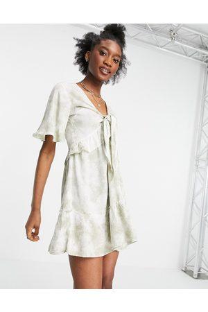 Influence Ženy Na párty - Beach dress in sage green tie dye