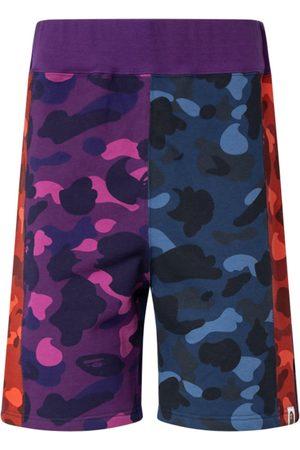 A BATHING APE® Colour Camo Sweat shorts