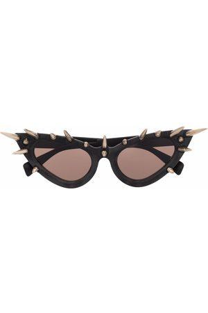 Kuboraum Cat-eye frame spiked sunglasses