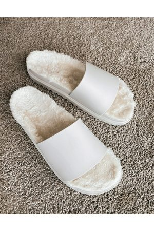 ASOS Slipper in off white with cosy fur sock
