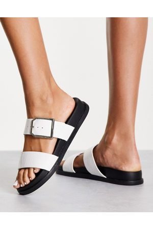 New Look Double strap sandal in white