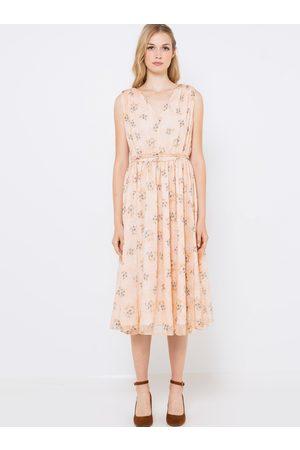 Camaïeu Meruňkové květované midi šaty