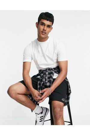 River Island Shorts and t-shirt set in white and black