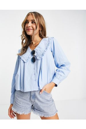 Influence Ženy Halenky - Cotton poplin pleated blouse with oversized collar in blue
