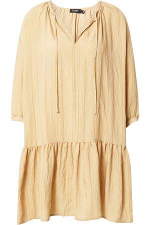 Soaked in Luxury Šaty