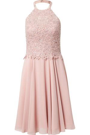 Luxuar Koktejlové šaty