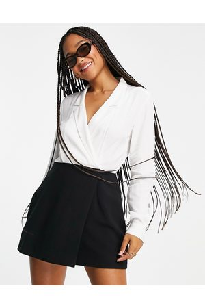 French Connection Ženy Na párty - Contrast mini dress in black and white-Multi