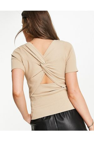 Morgan Ženy Bez zad - Knitted rib twist open back top in camel-Brown