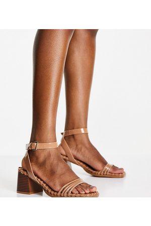 ASOS Ženy S otevřenou špičkou - Wide Fit Washington mid heeled sandals in beige-Neutral