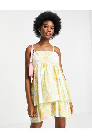 ASOS Ženy Na párty - Bandeau double layer tie back mini sundress with detachable straps in wallpaper floral print-Multi