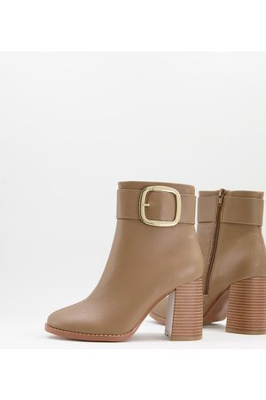ASOS DESIGN Wide Fit Repeat block heel buckle boots in taupe-Neutral