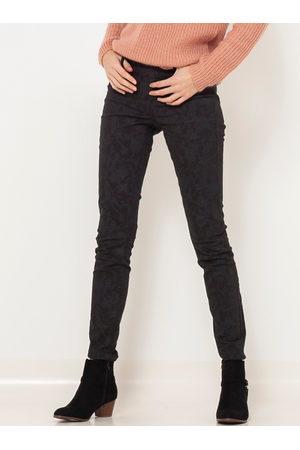 Camaïeu Tmavě šedé vzorované slim fit kalhoty