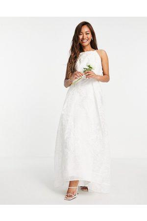 ASOS Ženy Na párty - Lavinia halter 3D floral embroidered organza wedding dress-White