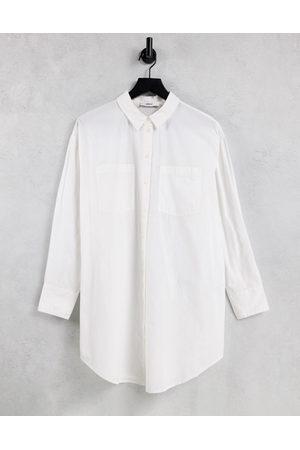 ONLY Ženy Bez zad - Longline shirt with open back in white