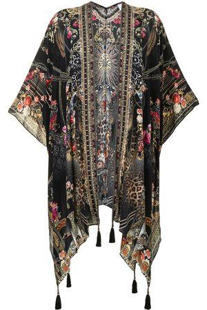 Camilla Ženy Pončové kabáty - Square Draped Layer Gothic Goddess silk cape