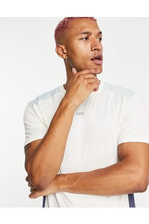 ASOS Easy fit training t-shirt with contrast panels-White