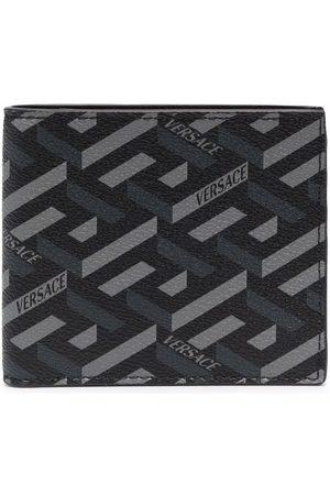 VERSACE Muži Peněženky - Greca geometric-print bi-fold wallet