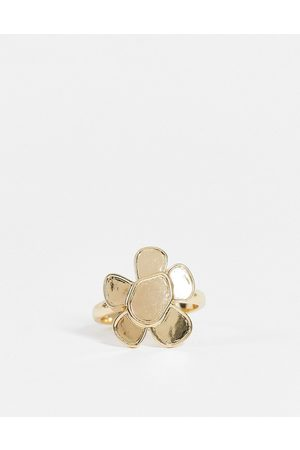 ASOS Muži Prstýnky - Ring with flower design in gold tone