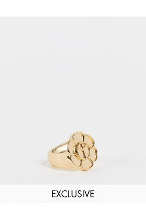 Reclaimed Vintage Inspired peace flower ring in gold