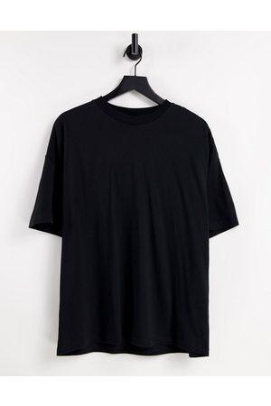 ASOS Muži S krátkým rukávem - Oversized t-shirt with crew neck in black