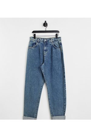 Reclaimed Strečové - Inspired '83 unisex relaxed fit jean in washed blue